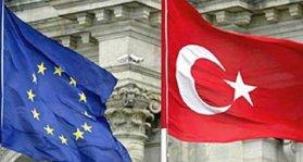 ue-turchia-bandiere
