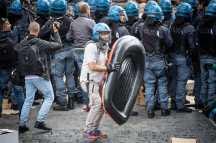 Campidoglio, scontri 12.05.2016 12 - Foto Andrea Ronchini