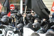 parigi-scontri-5